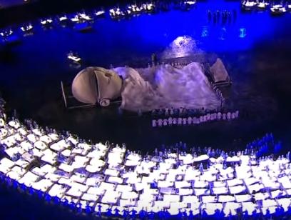 オリンピック ロンドン オープニングセレモニー ベッド